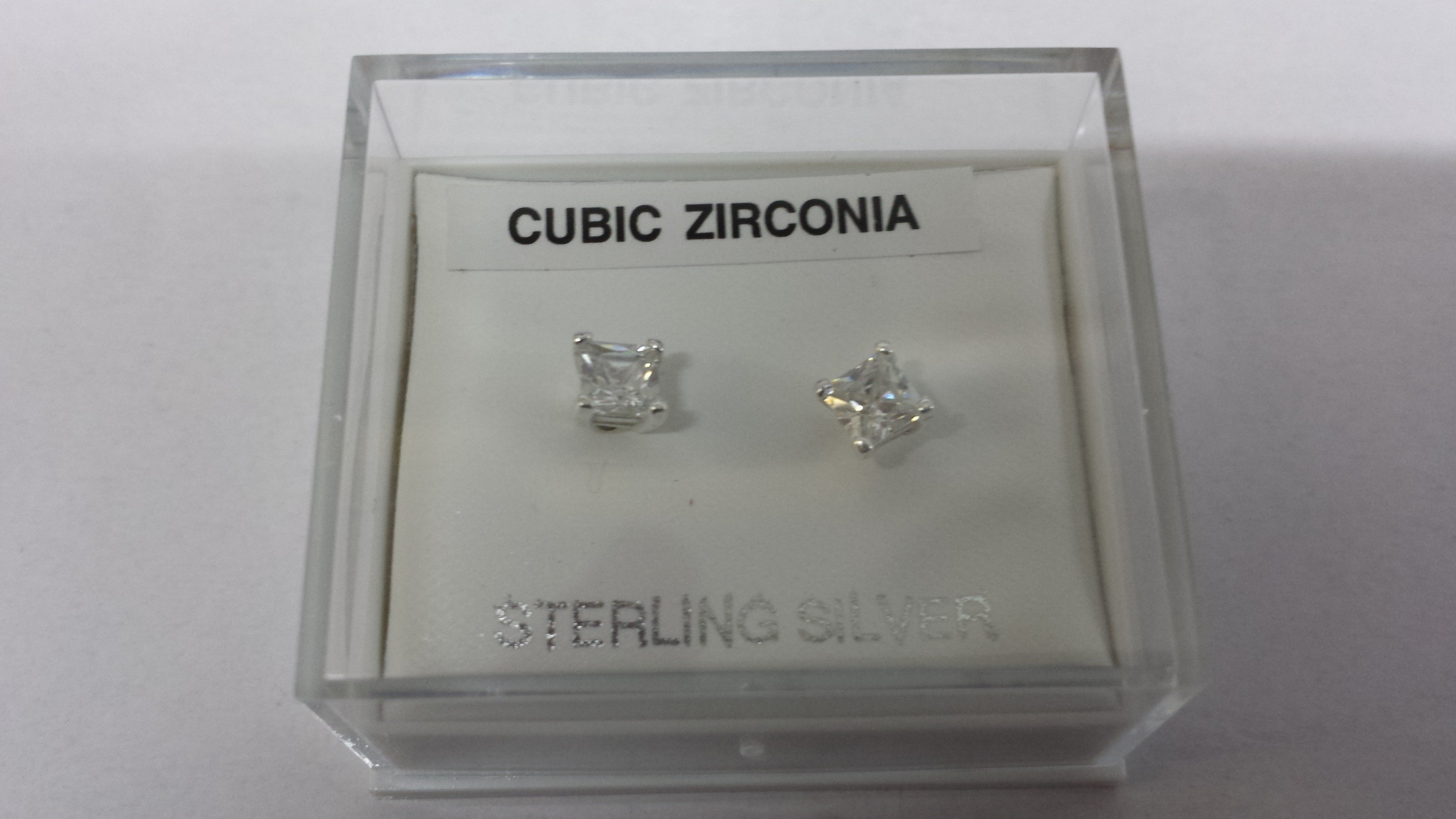 Pair of 4mm Square Sterling Silver Cubic Zirconia Studs (137)