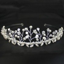 Bridal Tiara Diamond & Pearl - Silver 40421